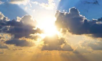 sol mellan molnen